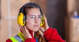 Overlegne sikkerhedssko i trendy design til ansatte inden for byggeri, håndværk og service